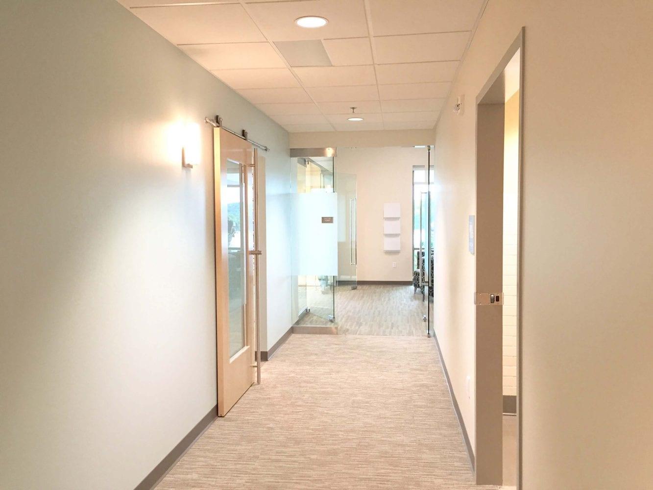 Mercy-Ozark-Clinic-Hallway