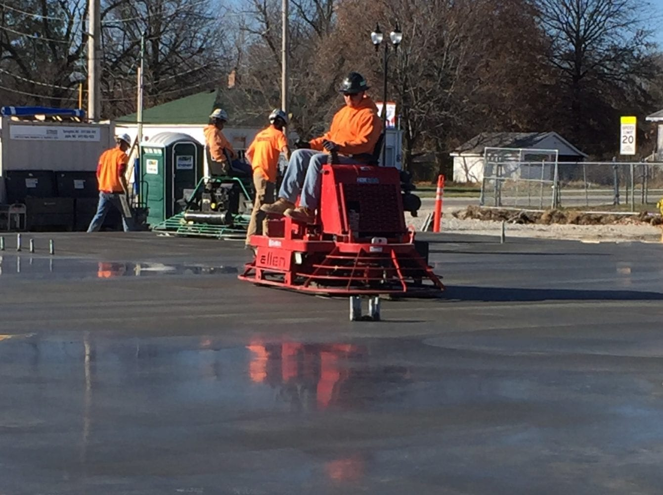 mid-mo-missouri-bank-mount-vernon-dewitt-concrete-crew